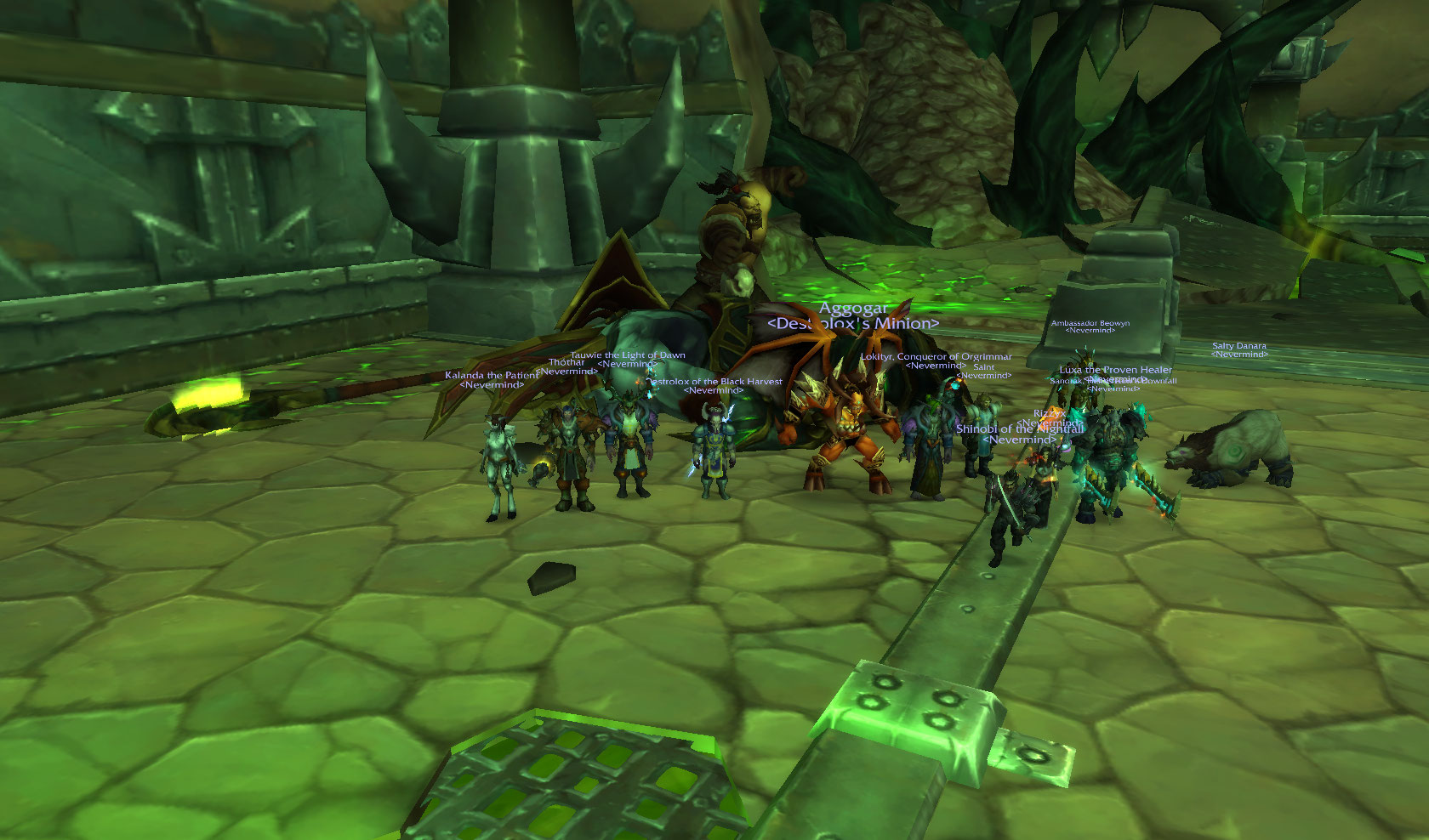 Team Fire free Grommash and kill Fel Lord Zakuun along the way!